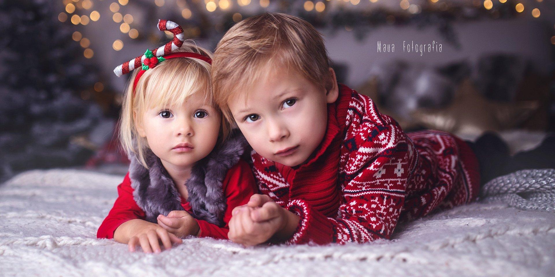Świąteczna fotografia rodzinna w obiektywie Sigma 35mm F1.4 ART według Maua Fotografia